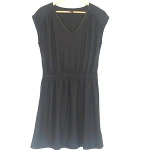 H & M black V neck dress! Casual or dressy!